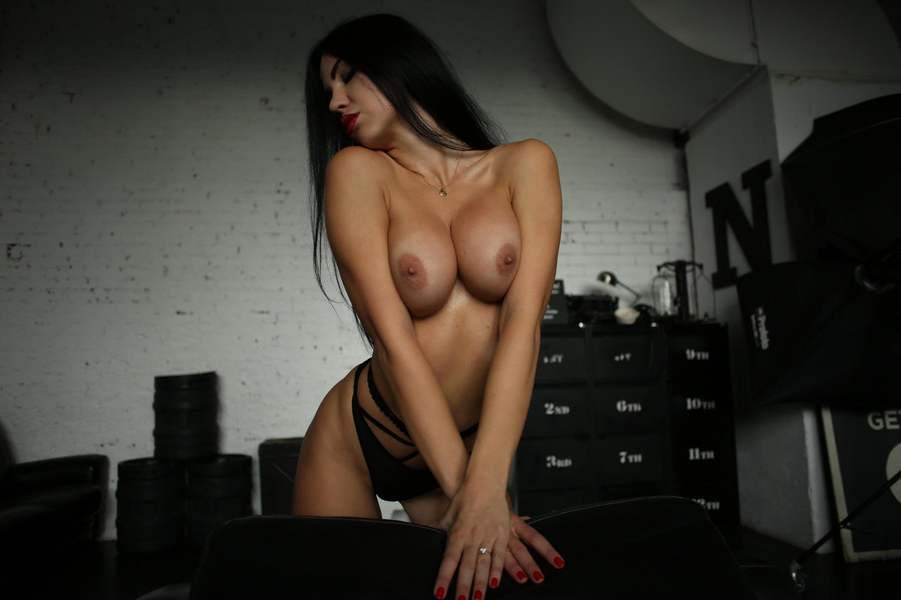 Yana Sexy Brunette's Tits Porn OnlyFans Leaked Nudes 43