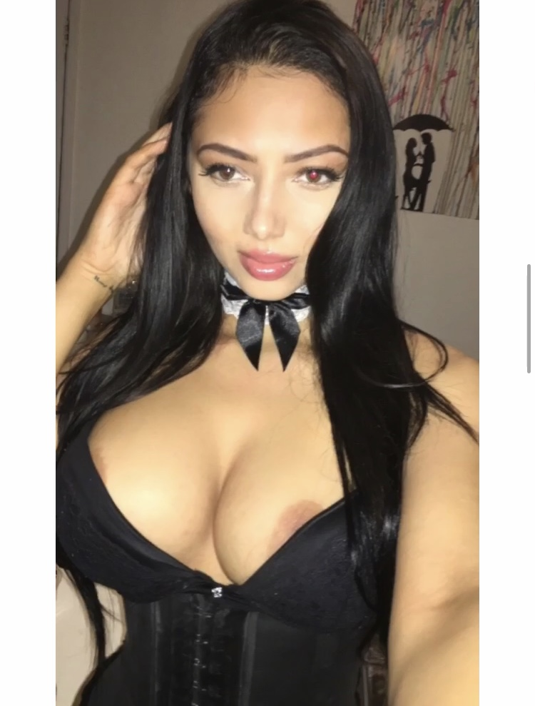 Miss Lola London Porn OnlyFans Leaked Nudes 105