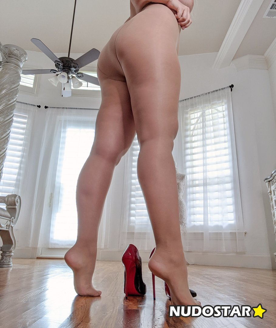 carrielachance Leaked Photo 23